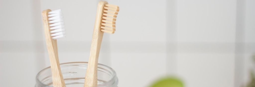 tooth brush, brush teeth, remove coffee stains